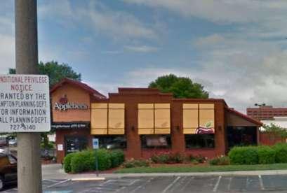 Applebee's, 2159 Coliseum Dr