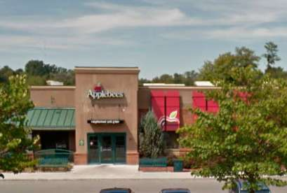 Applebee's, 33 W Main St