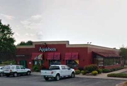 Applebee's, 4942 Valley View Blvd NW