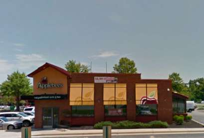 Applebee's, 5400 W Broad St
