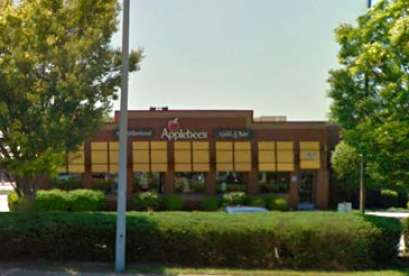 Applebee's, 561 First Colonial Rd