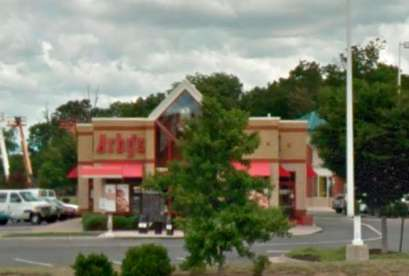 Arby's, 23511 Overland Dr