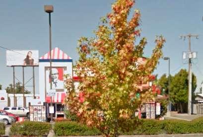 KFC, 10050 16th Ave SW, Ste 329