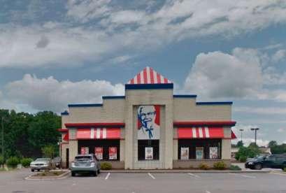 KFC, 1122 E Stuart Dr