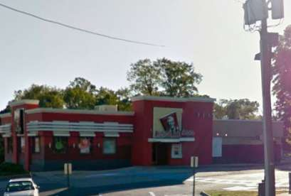 KFC, 1307 Devils Reach Rd
