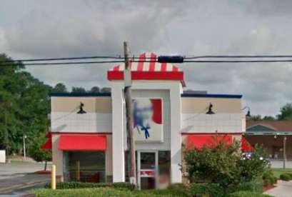 KFC, 2800 Airline Blvd