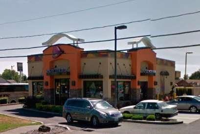 Taco Bell, 13204 NE Highway 99