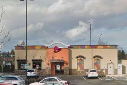 Taco Bell, 17105 27th Ave NE