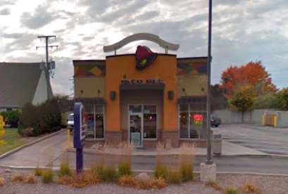 Taco Bell, 3191 S 76th St