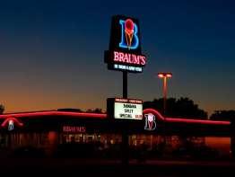 Braum's store