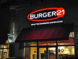 Burger 21 restaurant
