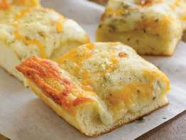 Papa Murphy's Cheesy bread