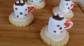 Homemade Sugar Cookies That Look Like Cocoa Mugs