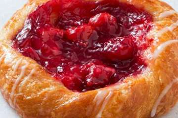 Au Bon Pain Cherry Danish