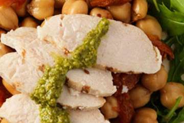 Au Bon Pain Chicken, Chickpea & Tomato Salad Petit Plate