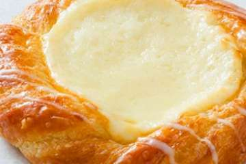 Au Bon Pain Sweet Cheese Danish