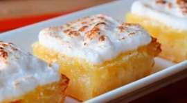Easy Lemon Meringue Bars Recipe