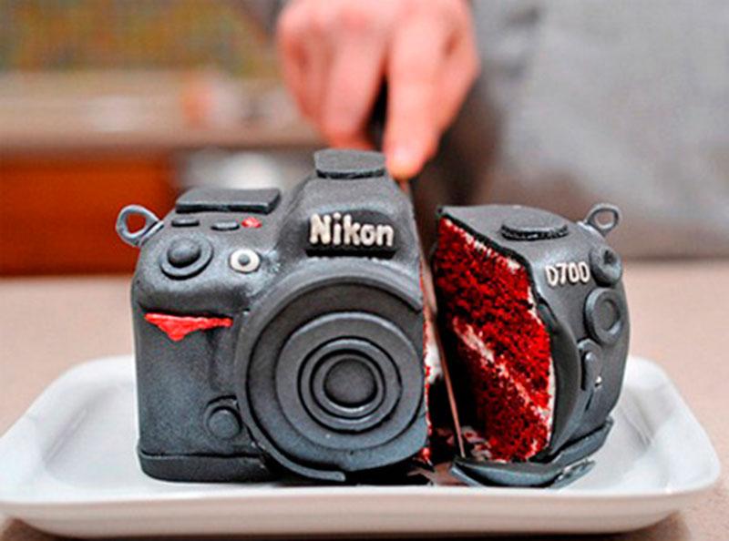 Nikon D700 DSLR Cake